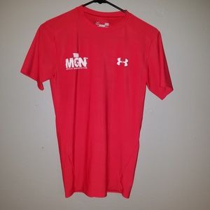 Underarmour red compression tshirt, large
